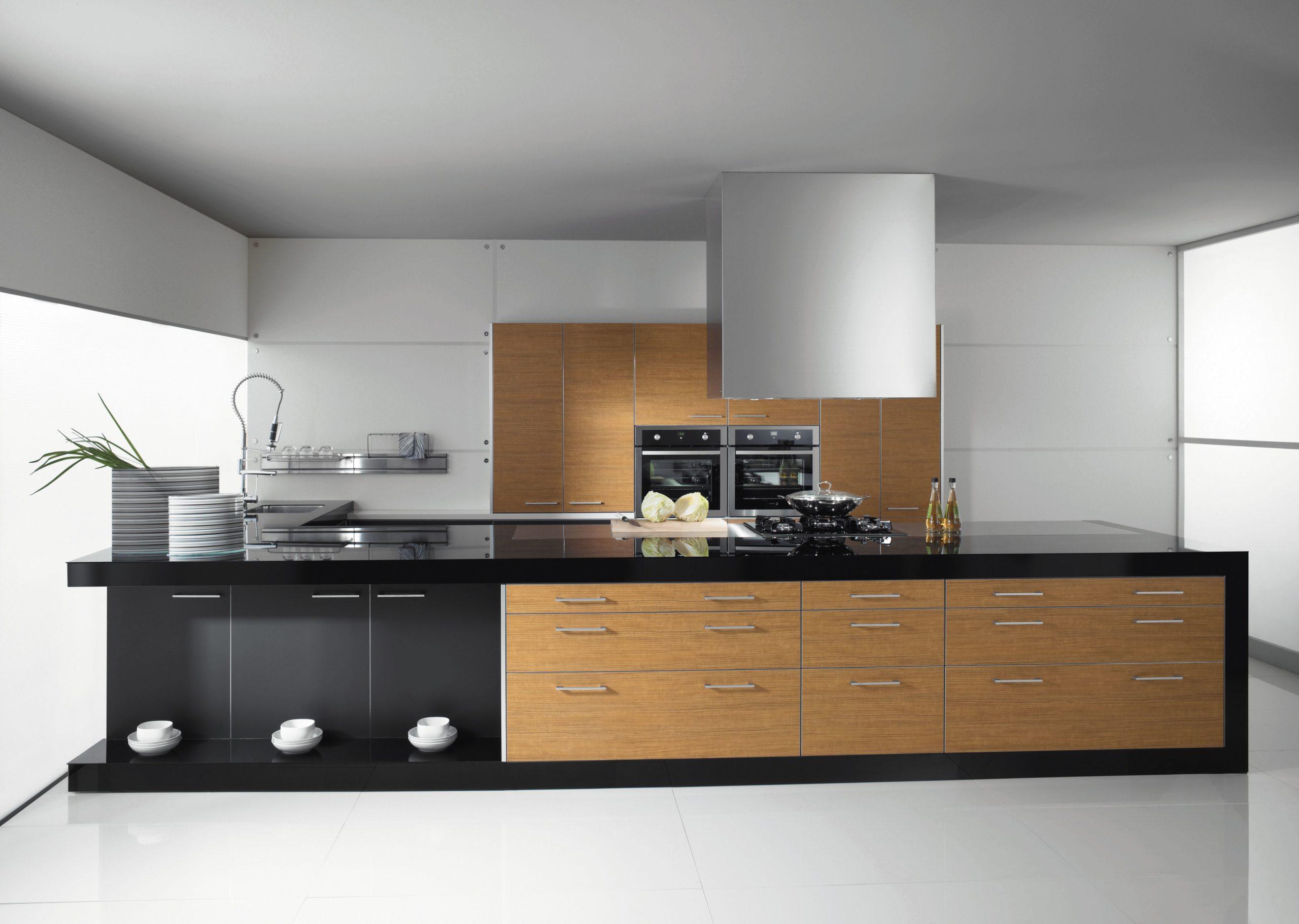 Cocina con gran isla - Diseño e instalación de cocinas - Idecocina