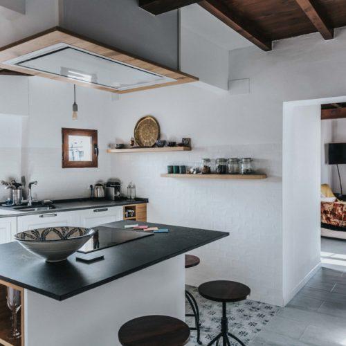 cocina en blanco casco histórico málaga